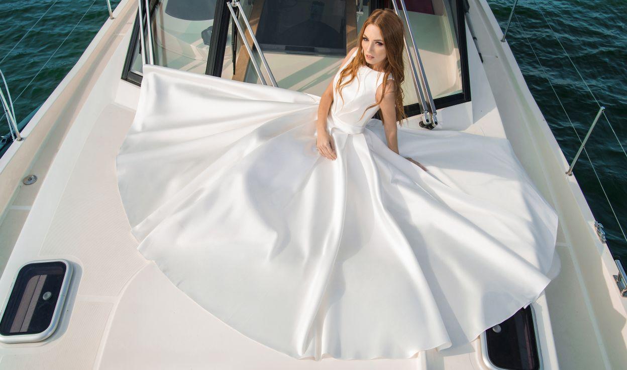 Свадебные платья Fler Wedding Dresses